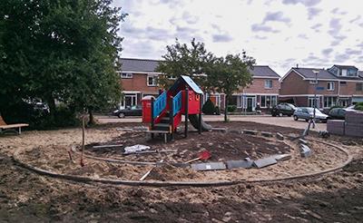 Aanleg bestrating speeltuin Heemskerk bartokstraat